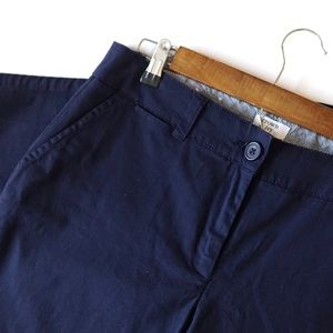 Crown & Ivy Navy Capri Pants size 10